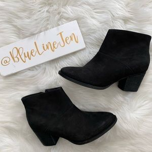 Black Nubuck Nelli Waterproof Booties NWOT